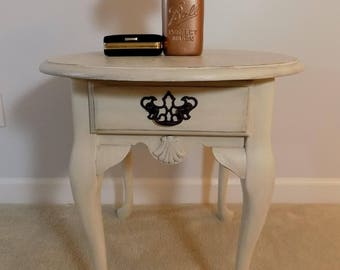 Wonderful Hand Painted Distressed End Table Side Table Occasional Table Chalk Paint  Black Glaze