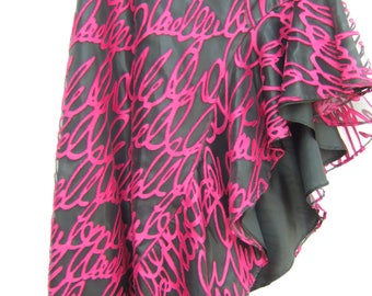 Fuchsia dance skirt size 10/12 Lelievre fabric fully lined in black