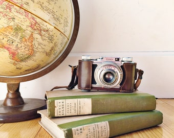 Antique Wirgin Edinex Camera with Leather Case, 1930s Camera, Antique 35mm Film Camera, Display Camera, Vintage Photography