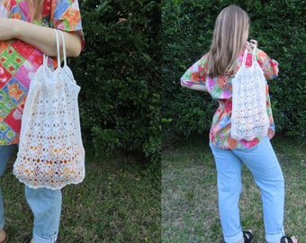 CROCHET Market Bag / White Cream Lace Mesh Doily Net / Crocheted Tote Carry All / Boho Hippy Gypsy Wanderer / Vintage Accessory
