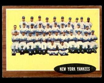Vintage 1962 Topps #251 New York Yankees TC VGEX