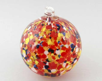 "2 Sisters Red, Yellow & Blue Speckled Hand Blown 4"" Gazing Ball Ornament B845"