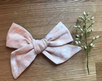 Light pink school girl bow