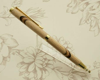 Beech wood pen with stripes