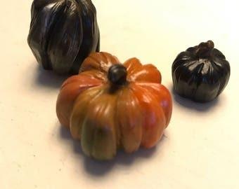 Mini Pumpkin Sculptures- Gothic Set of 3