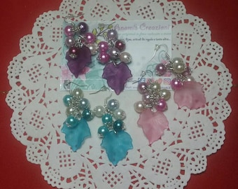 Earrings with leaf icy effect