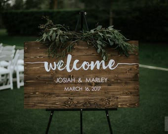 Wedding Welcome Sign l Rustic Wood Wedding Sign l Wedding Name Sign l Hand Painted Wedding Sign