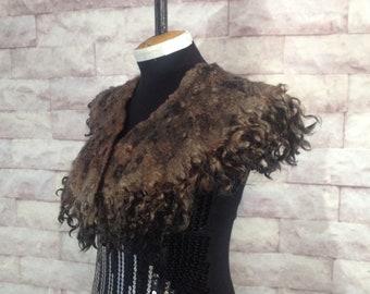 Fur collar Curly Felted collar Fur scarf Pure Wool Hand dyed Fleece real fur scarf Felt necklace Bride scarf neckpiece felt