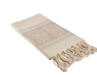 Luxury Turkish Bath Towel in Cream and Beige with Damask Print, Thin Oversized Beach Towel, Fouta Turkish Towel for the Gym, Pool or Spa
