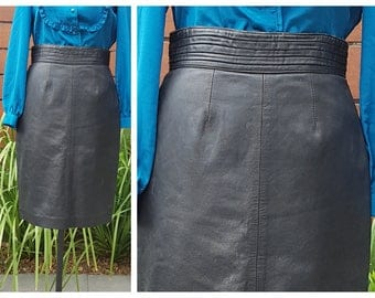 Vintage 80's Leather Pencil Skirt with High Waist - HOT