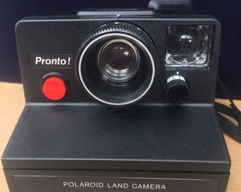 Vintage Pronto! Polaroid Land Camera