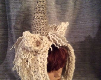 Unicorn hat scarf hoodie cap hand knitted quebec