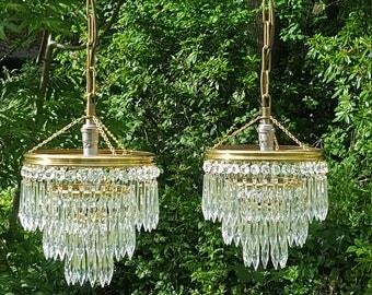 Pretty pair of vintage French small hallway chandeliers