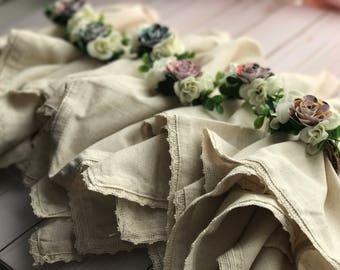 Flower Napkin Rings, Napkin Rings, Paper Flowers. Paper Flower Rings, Table Decor, Dinner Party, Spring Flowers, Silk Flowers, Tabletop