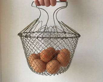Vintage Collapsible Wire Basket Egg Fruit Vegetable farm basket colander