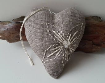 Organic lavender heart sachet - Hand embroidered flower scented bag - Aroma sachet - French Country rustic linen gift - Aromatherapy sachet