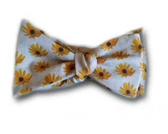 Sunflower Bowtie