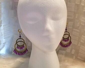 Vintage earrings / purple glass / big hoops / chandelier earrings / glass beads / beaded earrings / wire post / crystal glass / silver