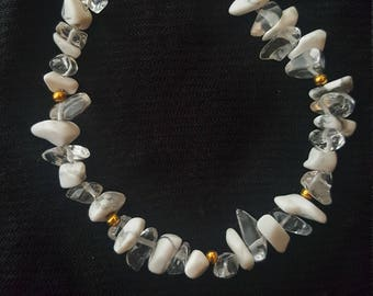 Howlite & Crystal Quartz Bracelet