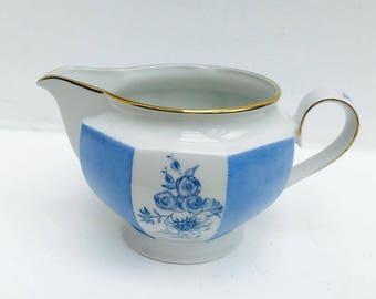Creamer Winter White, Bavaria Germany, Porcelain Renaissance Blue Rose, China Replacement, Ancient China, Creamer Blanche Bleu, Old Milk Jug