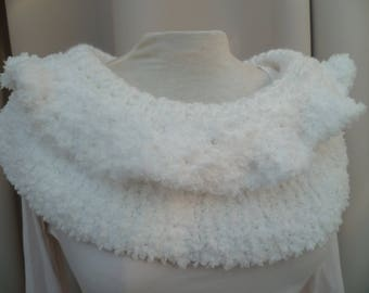 heater shoulder hand made white