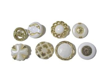 Golden Buttons x 35