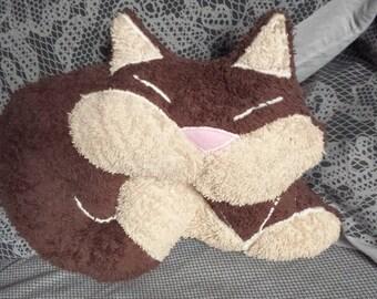 30 cm Brown cat cushion