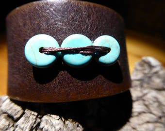 Brown leather bracelet/cuff with 3 turquoise beads