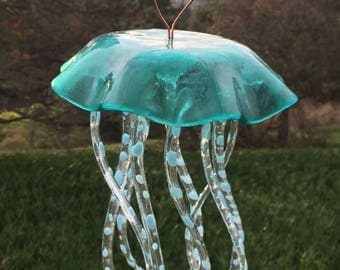 JELLY FISH WINDCHIME, jellyfish, wind chime, suncatcher, turquoise, blue, turtle, spots, clear