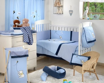 Disney Blue Winnie the Pooh Kite 4-Piece Crib Bedding Set