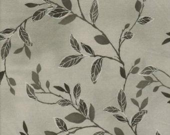 WILMINGTONPRINTS FELICITY gray patchwork fabric