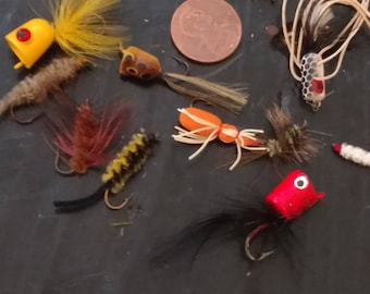 Vintage Fishing g Fly Lures. Variety Pack of 12