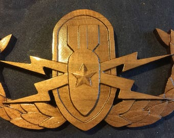 Senior and Master Explosive Ordnance Disposal (EOD) Badges