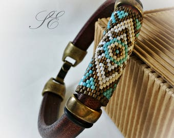 Beaded bracelet and leather-peyote bracelet-Regaliz leather bracelet-Peyote bracelet-Men's bracelet-unisex bracelet