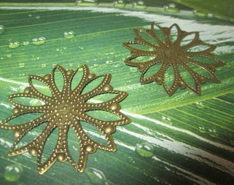 2 prints / connectors bronze filigree flower 40 mm