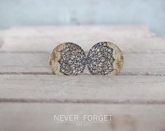 """Stud Earrings """"Wood""""-16 mm/pair"""