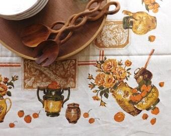 Vintage harvest tablecloth. Pride of the Farm tablecloth. Farmhouse linen tablecloth. Autumn linens. Cottage farmhouse style.