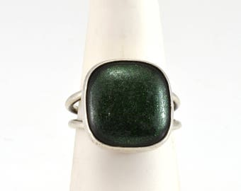 Green Glass Ring, Sterling Ring, VIntage Ring, Size 6.5