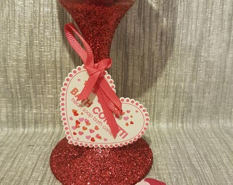 Glitter Glasses with 24g Love Heart Bath Confetti with polythene Bag