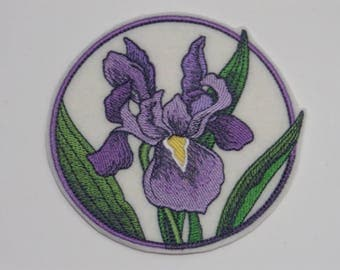 Flower Iron-on Patch Embroidered Patch Sew-On Patch Elegant Flower Circle - Iris Patch