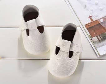 baby shoes for boys,baby footwear,booties for babies,moccasins for baby girl,infant booties,size 4 baby shoes,walking shoes for babies,baby