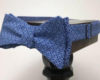 Patterned Men's bow tie, self-tie handmade and adjustable from upcycled and repurposed material  // blue polka-dot // ReTied