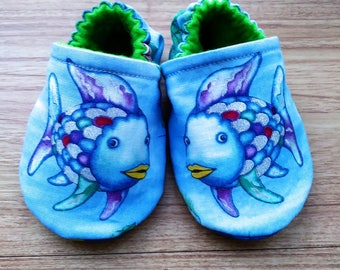 Baby shoes,Rainbow fish shoes,Rainbow fish fabric,fish shoe,fabric baby shoes,boy shoes,girl shoes,Baby Shower gift,gift,handmade baby shoes