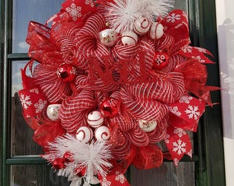 Red sparkle wreath, Noel wreath, red sparkle wreath, front door decoration, door decor, red decomesh, red Christmas wreath, Xmas wreath,