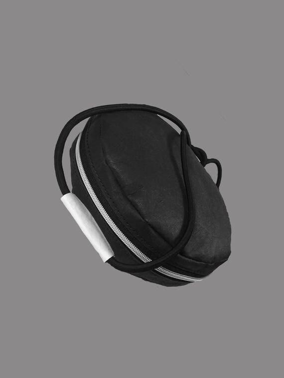 LARGO 2.0  ROUND black Designer handbag made of Jacron minimalistic Design
