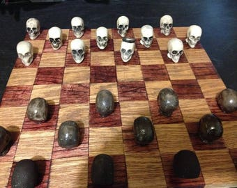 Skulled Checkers