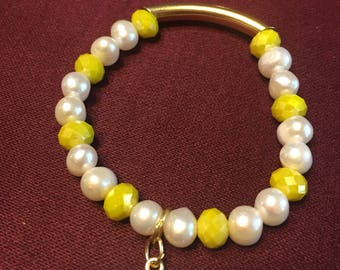 Pearls and yellow crystal  bracelet