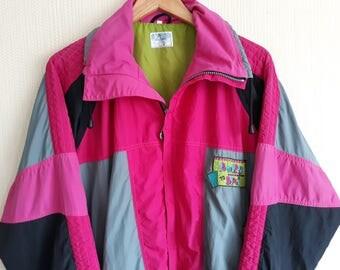 Windbreaker jacket 90s windbreaker women medium Womens windbreaker 90s windbreaker Nylon jacket 90s Clothing women Jacket Sports Jacket
