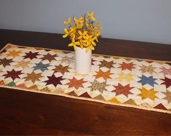 Quilted Table Runner / Fall Table Runner / Fall Table Decoration / Hand Quilted Table Runner