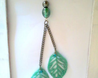 pendant necklace green leaf with water
